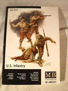 1/35 Master Box 4 US Infantry July 1944 # MB3521 w/ Decals & Equipment