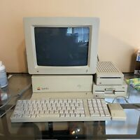 """Apple IIgs Computer """"Limited Woz"""" Edition Signed With Full Set"""