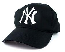 NEW YORK YANKEES SNAPBACK CAP / HAT