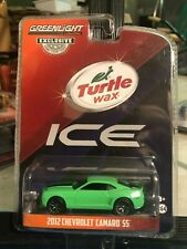 1/64 GREENLIGHT TURTLE WAX ICE 2012 CHEVROLET CAMARO SS GREEN