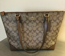 coach handbags new with tags Signature Zip Tote