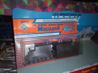ROCO MINITANKS 1/87 REF 348S ARMORED COMMAND POST M 577 A1 NEUF EN BOITE