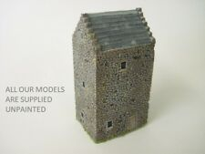OO Model railway.  Castle. Small Scottish Tower House.(092)