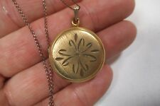 """Antique Victorian Yellow Gold Filled Small Round Locket & 21"""" Chain 5.3 Grams"""