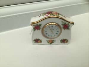Royal Albert OLD COUNTRY ROSES Mantle Clock