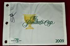 ZACH JOHNSON 2009 PRESIDENTS CUP CHAMPION SIGNED OFFICIAL FLAG SAME DAY SHIPPING