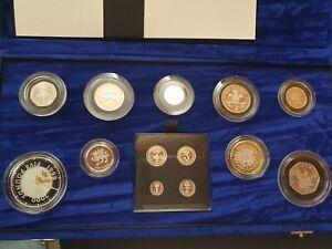 2000 Elizabeth II millennium silver proof set incl maundy set