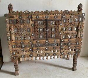 vintage indian sideboard/dimchyia