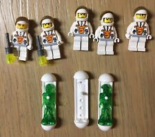 LEGO Mars Mission Aliens and Astronauts Minifigures