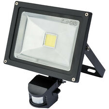 Draper 51350 20W COB LED WALL MOUNTED FLOOD LIGHT PASSIVE INFRA-RED WMCL20W/PIR