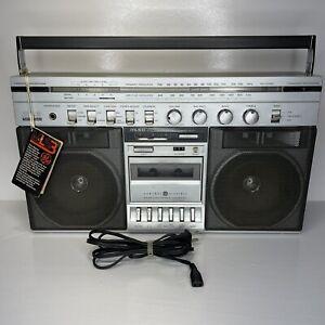 Vintage General Electric MLS3 Model 3-5258A Boom Box Radio Cassette AM FM  READ