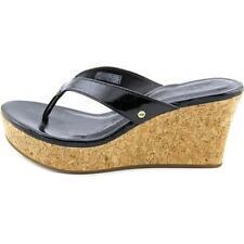 Sandali e scarpe nere UGG Australia per il mare da donna