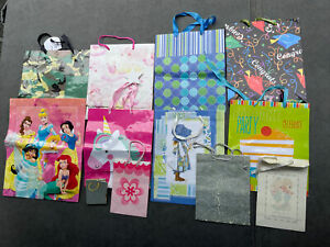 Lot of 12 Gift Bags Children's Kids Party Disney Princess Camo Unicorn Glittery