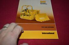 International Harvester 100E Crawler Payloader Dealer's Brochure YABE10