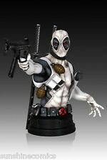 Deadpool X-Force Mini Bust 897/1000 Gentle Giant Previews Exclusive NEW SEALED