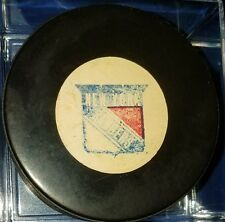 1973-1983 VINTAGE  VICEROY OFFICIAL GAME  PUCK  NEW YORK RANGERS rubber crest