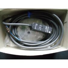Photoelectric Sensor E3S-AT61-D Omron E3SAT61D