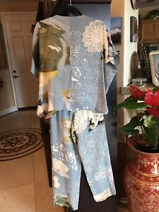 Harari 100% Silk Blue Pant Suit Size PS