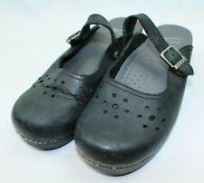 Womens Dansko Black Slide-on Clogs size 39 Closed toe US 9 Strap