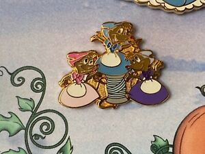 DISNEY WDW CINDERELLA SUZY PERLA AND BLOSSOM 3 MICE PIN FROM LE 500 FRAMED SET