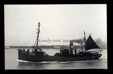 tr211 - Great Yarmouth Fishing Trawler - Rose Hilda YH73 - photograph