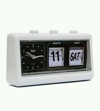 NEW VINTAGE RETRO QUARTZ ALARM CLOCK FLIP DISPLAY WITH DATE & TIME WHITE