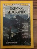 NATIONAL GEOGRAPHIC MAGAZINE MAY 1968-FINLAND+ VULTURES BY JANE GOODALL