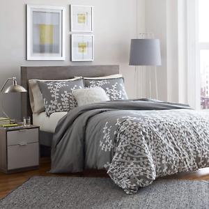 City Scene Branches Gray Cotton Comforter Set, Full/Queen