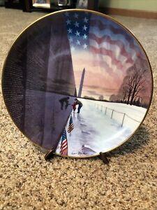 """Remember Them Always"" - 8 1/4"" Plate Franklin Mint Vietnam Veterans Memorial"