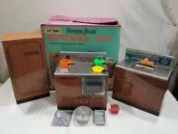 Vintage Wolverine Sunny Suzy Tin Litho Kitchen Set w Box  FREE USA SHIP