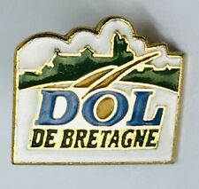 Dol De Bretagne Badge Pin France Vintage Rare (G5)