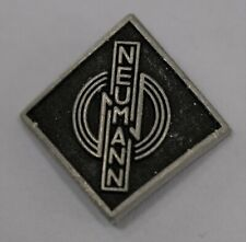 Neumann Valve (Tube) Badge - Black