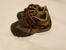Boys Reebok versaflex brown leather trainers size 4.5 Infant