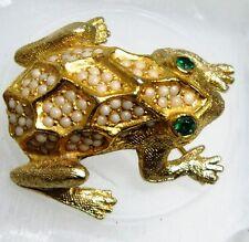 Vintage Goldtone Signed De Nicola Textured FROG Brooch Pin~Green Rhinestone Eyes