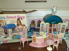 The World Of Ginny Sweet Shop With Furniture and Bonus Poster Vogue Ginny 1979