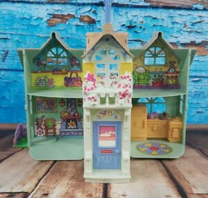 Fisher Price 2004 Doll House - Loving Family Sweet Streets Country Cottage