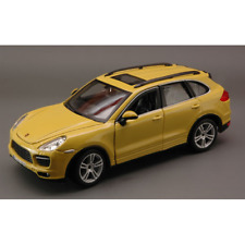 Porsche Cayenne Turbo Yellow 1 24 Burago Auto Stradali Die cast Modellino