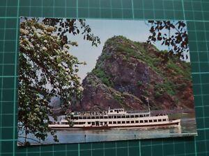 """ak schiffe. Die Loreley am Rhein mit Fahrgastschiff """" DÜSSELDORF """" der KD"""