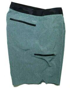 "Vuori Board Shorts Swim Trunks Men's size 33"" waist Green Black"