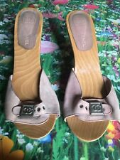 CHANEL Wood Pink Suede Heels Size 41