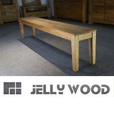 Möbel im Landhaus-Stil aus Eiche