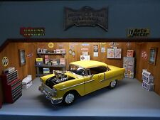 MUSCLE CAR GARAGE DIORAMA, DETAILED, LIGHTED, 1:18TH SCALE DISPLAY FOR YOUR CARS
