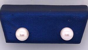 14 Karat Yellow Gold Pearl Stud Earrings 101-745