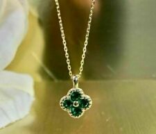 1.00 Ct Round Cut Green Emerald Flower Pendant Necklace 9ct Yellow Gold Finish