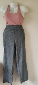 Terra & Sky Brand--Black & White Trendy Pants--Size 3X