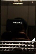 "BlackBerry Passport Q30 4.5"" QWERTY Keyboard 32GB Brand New Unlocked 4G LTE GSM"