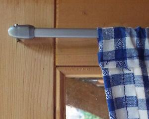 2 Vitragestangen Fensterstangen silber 40 - 60 cm + 4 Klebehaken +4 Schraubhaken