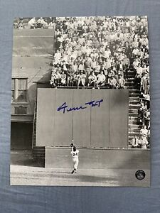 """WILLIE MAYS Signed Photo """"The Catch"""" Autograph """"Say Hey"""" COA 8x10"""