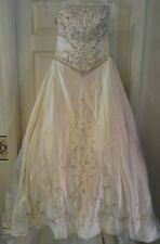 HOUSE OF WU Ivory with Silver Beading Wedding Dress A-Line Size 12 Style 8931