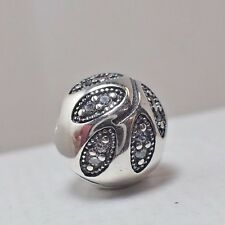 AUTHENTIC PANDORA CLIP  SPARKLING LEAVES  791416CZ